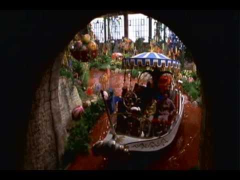 Willy Wonka Tunnel ride