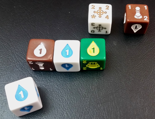 With 4 Quiddity, this player can ready both of their monster dice